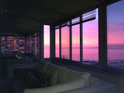 Stylish, Cosy, Romantic Penthouse Style Pied a Terre, Sea View
