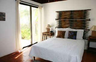 Esterillos villa photo - the master bedroom (has it's own bathroom)...