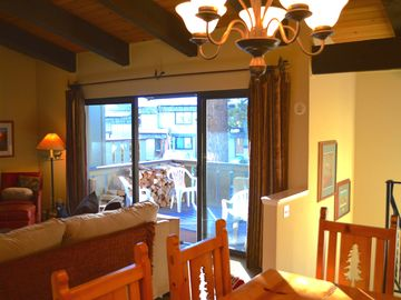 Mammoth Lakes condo rental - Great Room & Dining