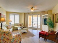 Upscale Gulf Front Condo with Stunning Views offers Perfect Vacation