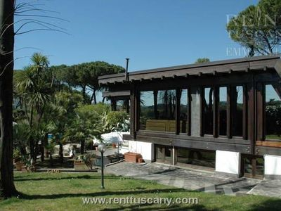 MARZIA 7+2 sleeps, a beautiful property outside Rome with fitness room and private swimming pool