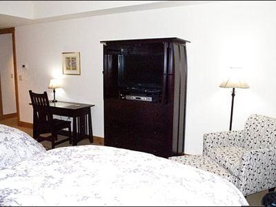 Two Full Beds, Flat-Screen TV, and En-Suite Bath in the Third Bedroom