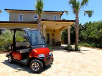 SeaClusion- New5BR/4.5BA-LgHeated Pool-GolfCart-Luxury-Private-4min wlk to beach