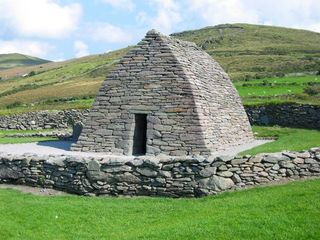 Dingle Peninsula cottage photo - Gallarus oratory.