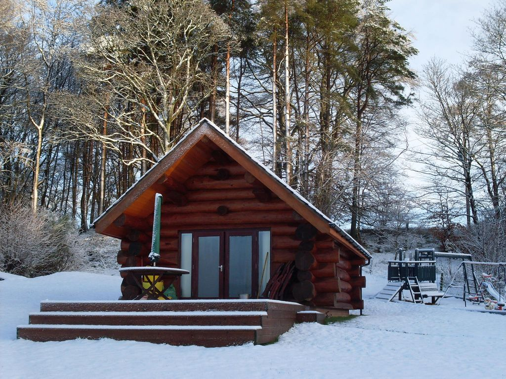 Authentic log cabin with fishing rights on river lyne 2 for Fishing cabin rentals