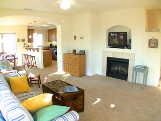 La Jolla condo photo - Comfortable living area, bright and breezy!