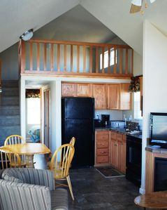 Grapevine cabin rental - Finely appointed...