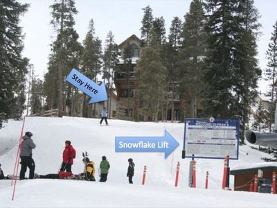"DREAM SPOT ""TRUE SKI IN/OUT"" Spacious 1 Bedroom/2 Full Bath ""PRIVATE"" Hot Tub"