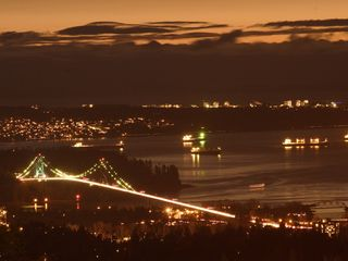 Vancouver apartment photo - View of Lions Gate Bridge at Night