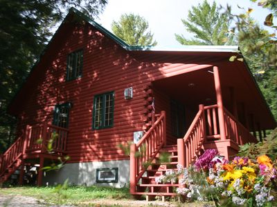 2100 sf cabin, sleeps 13 in beds.  Gazebo with 6 person hot tub & dining for 8.