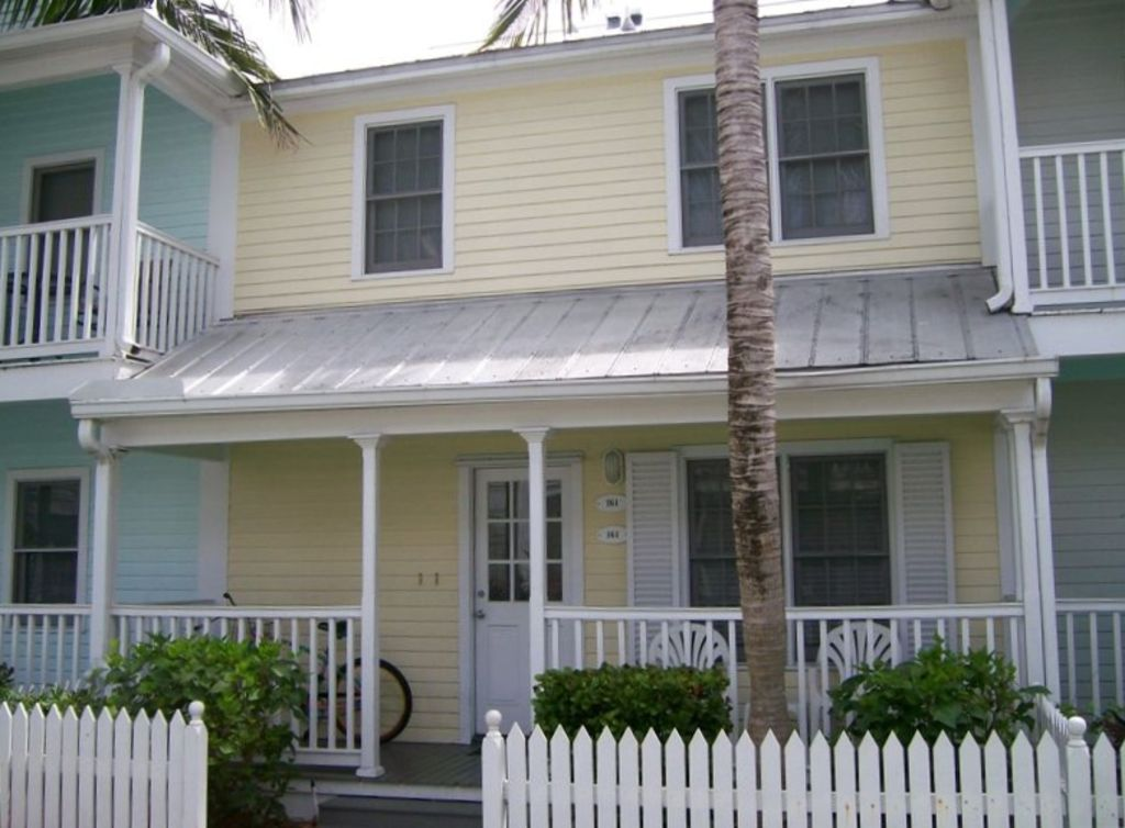 Always Your Paradise Quiet And Located On Lazy Lane In Truman Annex Shipyard 2 Br Vacation
