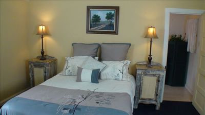 Fredericksburg house rental - Smokhaus Cottage, queen bed.