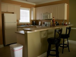 Myrtlewood Villas condo photo - Breakfast Bar