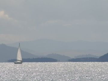Flathead Lake only five miles away!