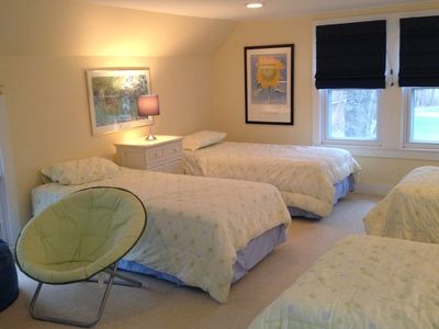 Upstairs bedroom - 4 twin beds & seating for TV watching HD flat screen w/ DVD