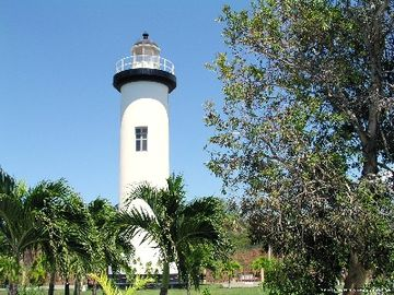 The Rincon Light house (10 min drive).