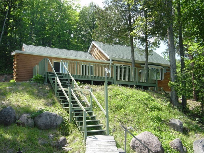 Secluded lakefront cabin in lakewood wisconsin vrbo for Vrbo wisconsin cabins