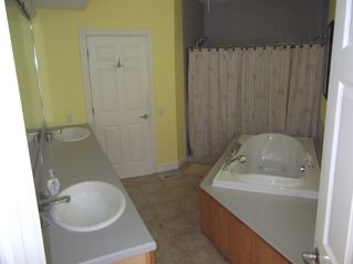 Cape May house photo - 2nd Floor Large Master Bathroom with double sinks, Jacuzzi tub, 7 ft shower