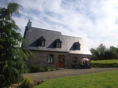 Delightful house for up to 6 guests + baby with large secluded garden area