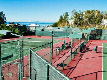 Resort Tennis Courts at the Villa L'Auberge