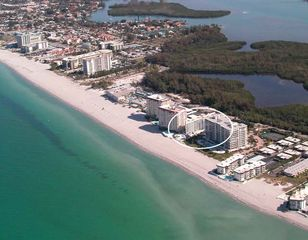 Lido Key condo photo - Aerial view