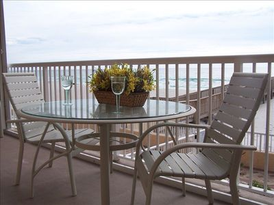 Spectacular View Of Gulf From Balcony!  Come Enjoy Paradise!