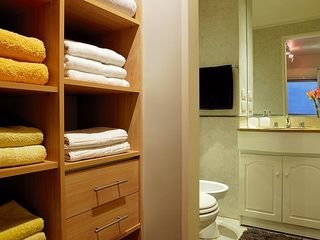Recoleta apartment photo - closets luxuty towels sheets main full bathroom