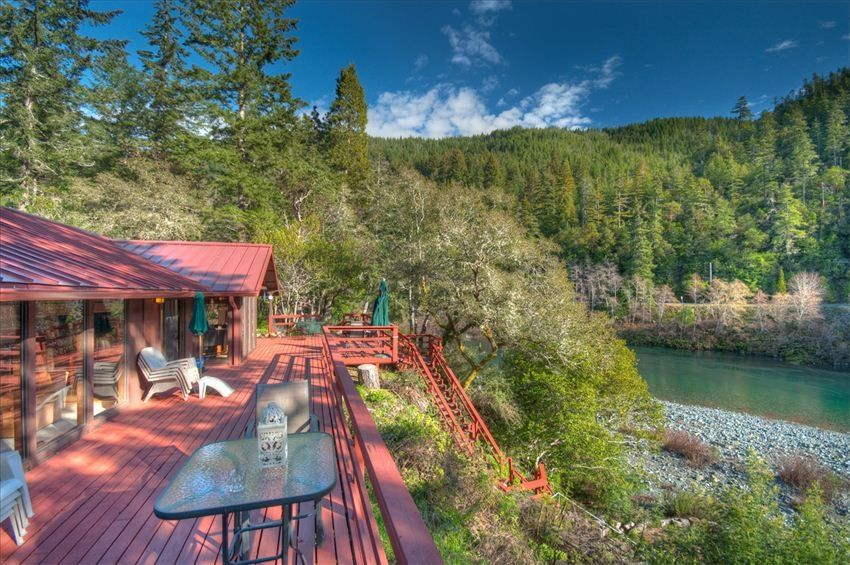 The Hiouchi House On The Smith River With Vrbo
