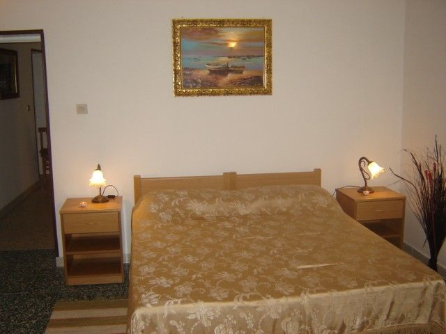 Air-conditioned accommodation, 66 square meters, close to the beach