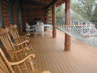 Main Level Veranda / Deck Overlooking Lake