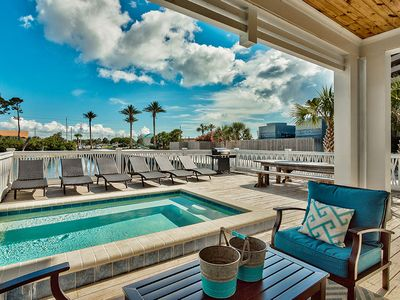 New Construction, Lake Front Home Just Mins Away from the Gulf! Amazing views & Private pool!