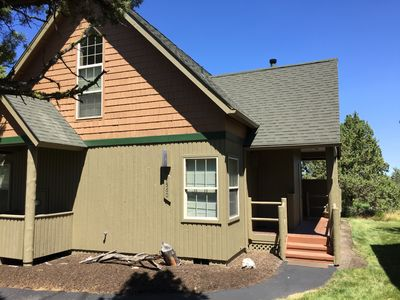 New Owners - Beautiful Chalet on 17th green with hot tub!