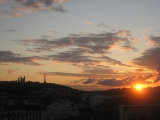 Lyon studio photo - Summer sunset as seen from the studio balcony