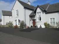 NITB5 ,Ideally Placed For Visiting The Antrim Coast, Golf and North West 200
