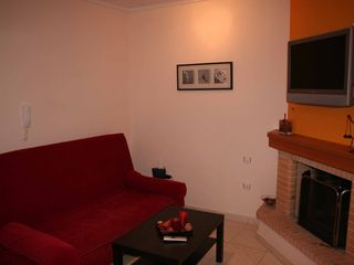 Porto Rafti apartment photo - living room