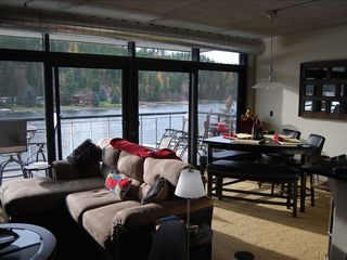 Coeur d 'Alene condo photo - Living Room- peaceful comfort
