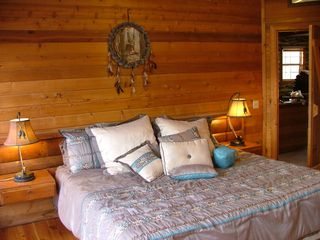 Blue Ridge cabin photo - Master Bedroom with King Size Bed