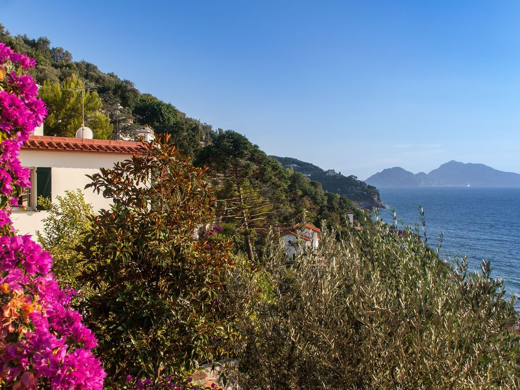 House 250 square meters, close to the sea , Sorrento, Italy