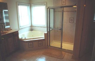 Vacation Homes in Ocean City house photo - Upstairs Master Bathroom