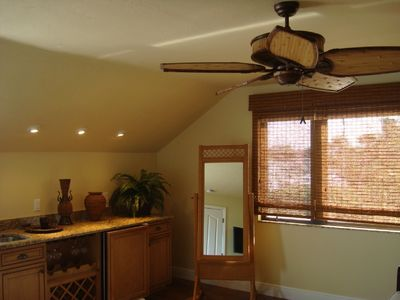 Captiva Island condo rental - Morning kitchen, wet bar, refrig., coffee pot, etc