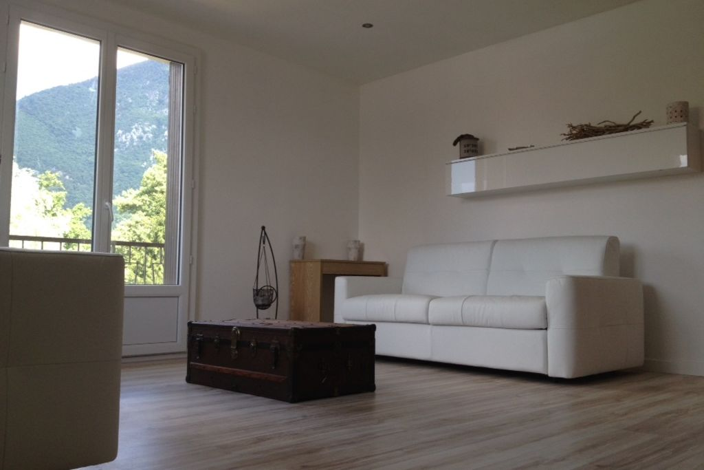 Holiday apartment, 31 square meters , Annecy-le-vieux, Rhone-Alpes