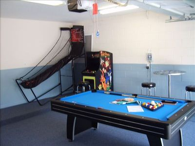 Air Hockey, Pool Table/Ping Pong, Basketball Game, Arcade Game w/ 40 Games!!!!