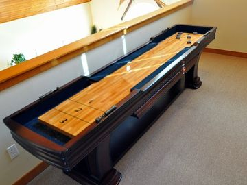 Shuffleboard!! - Shuffleboard in the loft!!