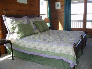Boone cabin photo - Second bedroom as king...