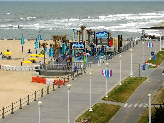Oceanfront 3 Bedroom Condo On The Boardwalk In The Resort Area 3 Br Vacation Condo For Rent In