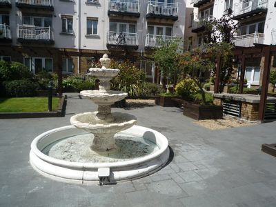Fountain in Garden - 50 m from Apartment