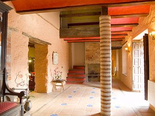 Cortes de la Frontera villa photo - Spacious entrance hall which leads to the living areas, dining room and stairs.
