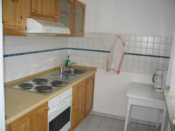 Kitchen, room 32