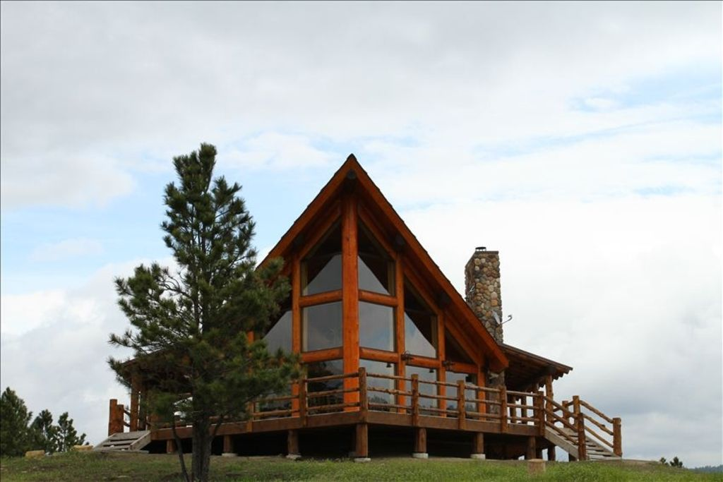 Devils Tower Wy >> Amazing Rustic Chalet Atop Black Hills Near... - VRBO