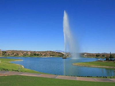 World's Tallest Fountain, heart of downtown Fountain Hills, 3 blocks from condo!